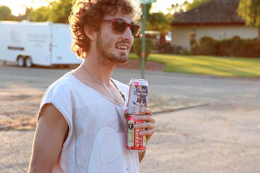 Dragonslayer es un documental dirigido por Tristan Patterson. Un retrato íntimo y excepcional de Josh ?Skreech? Sandoval