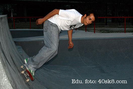 40sk8_edu01.jpg